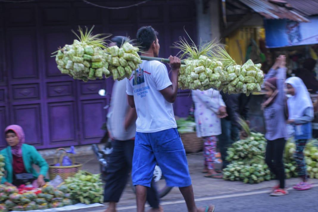 Geliat Ekonomi Saat Prepegan, Tradisi Belanja Menjelang Lebaran